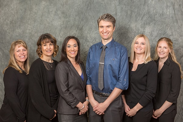 Cosmetic Dentistry - The Federal Way General & Laser Dentistry team